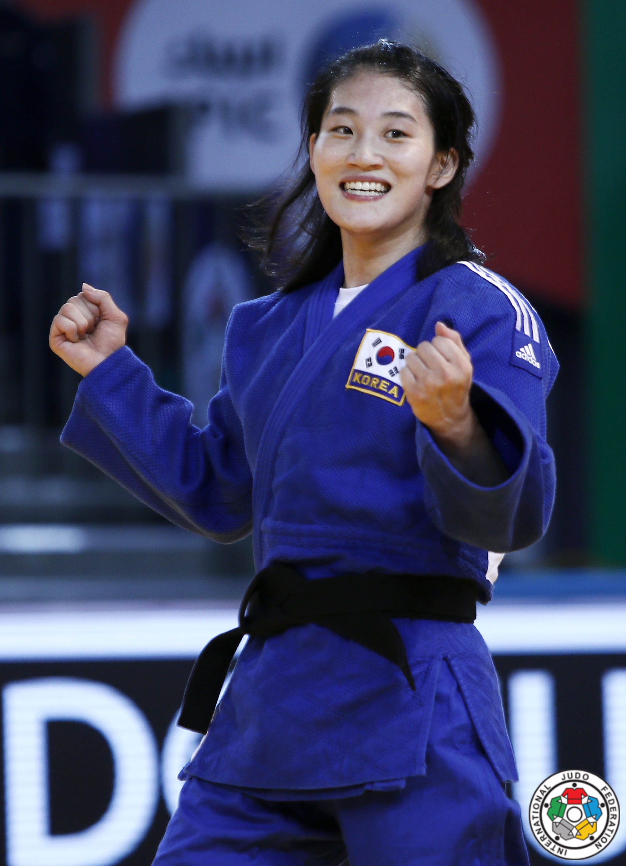 Imagenes De Jandi judoinside - news - kim jan-di catches fourth back to back