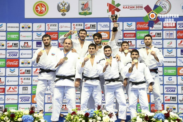 20160424_Kazan_Team_CF_Podium_Azerbaijan_men.jpg