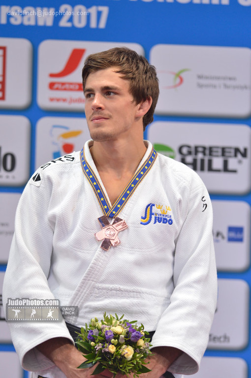 Nils Tommy Josef Macias