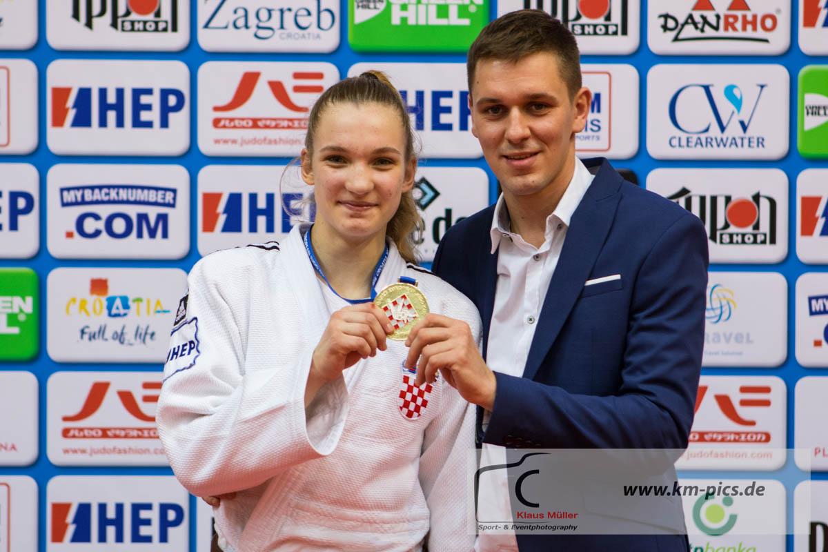 20180311_ecup_u18_zagreb_km_podium_57kg_place_1_lara_cvjetko_cro_2