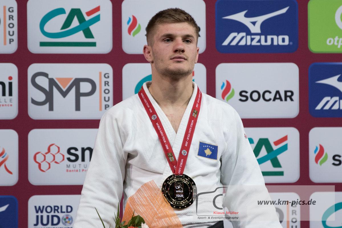 20180210_grand_slam_paris_km_podium_73kg_place_1_akil_gjakova_kos